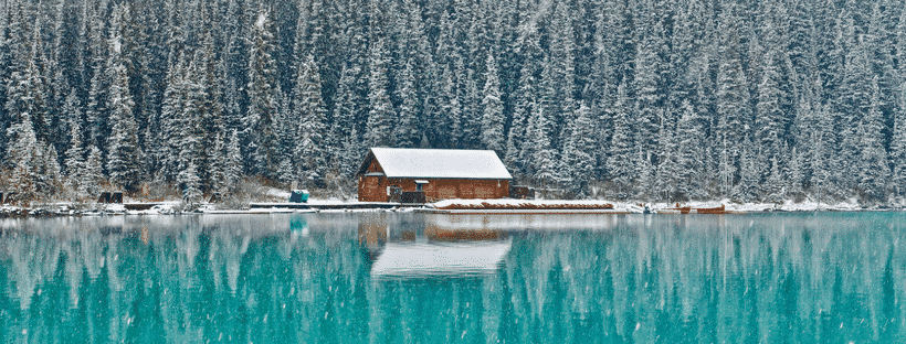 logcabin on a lake in canada