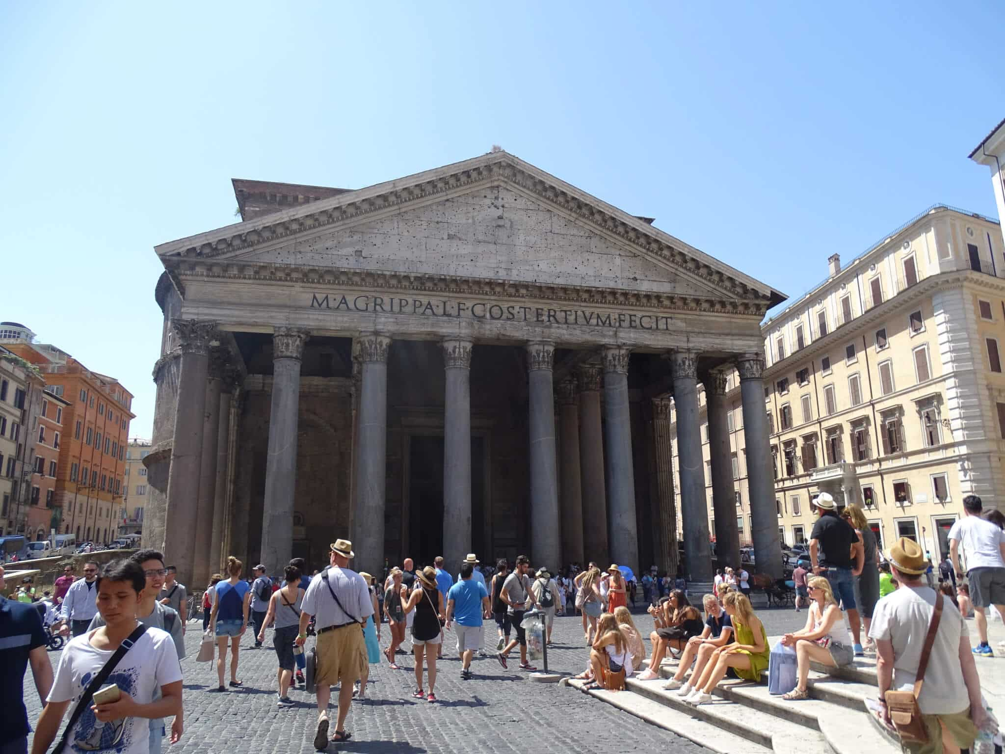 Pantheon, one of the classic things to see in Rome.