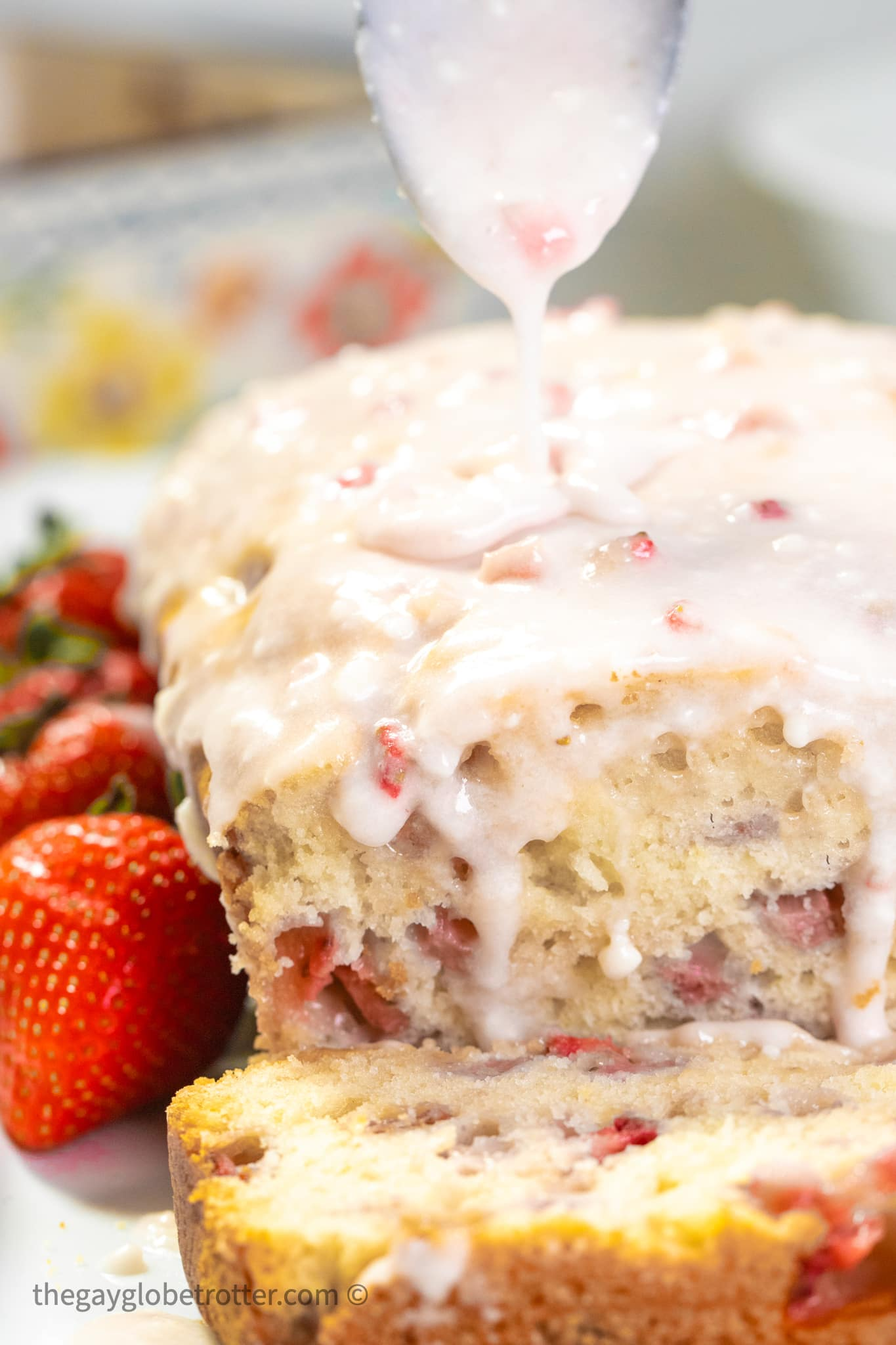 strawberry-bread-with-glaze-4