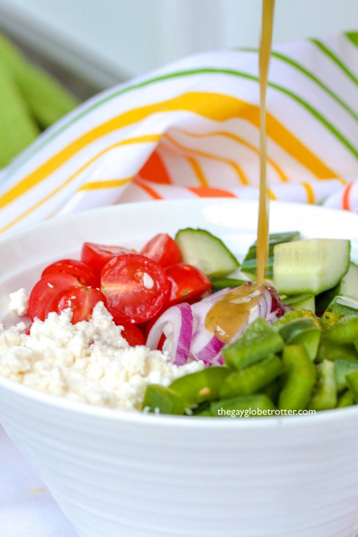 I am in love with this homemade Greek salad recipe! It couldn't be more delicious.