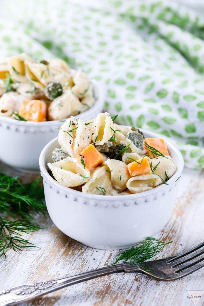 vegan-dill-pickle-pasta-salad